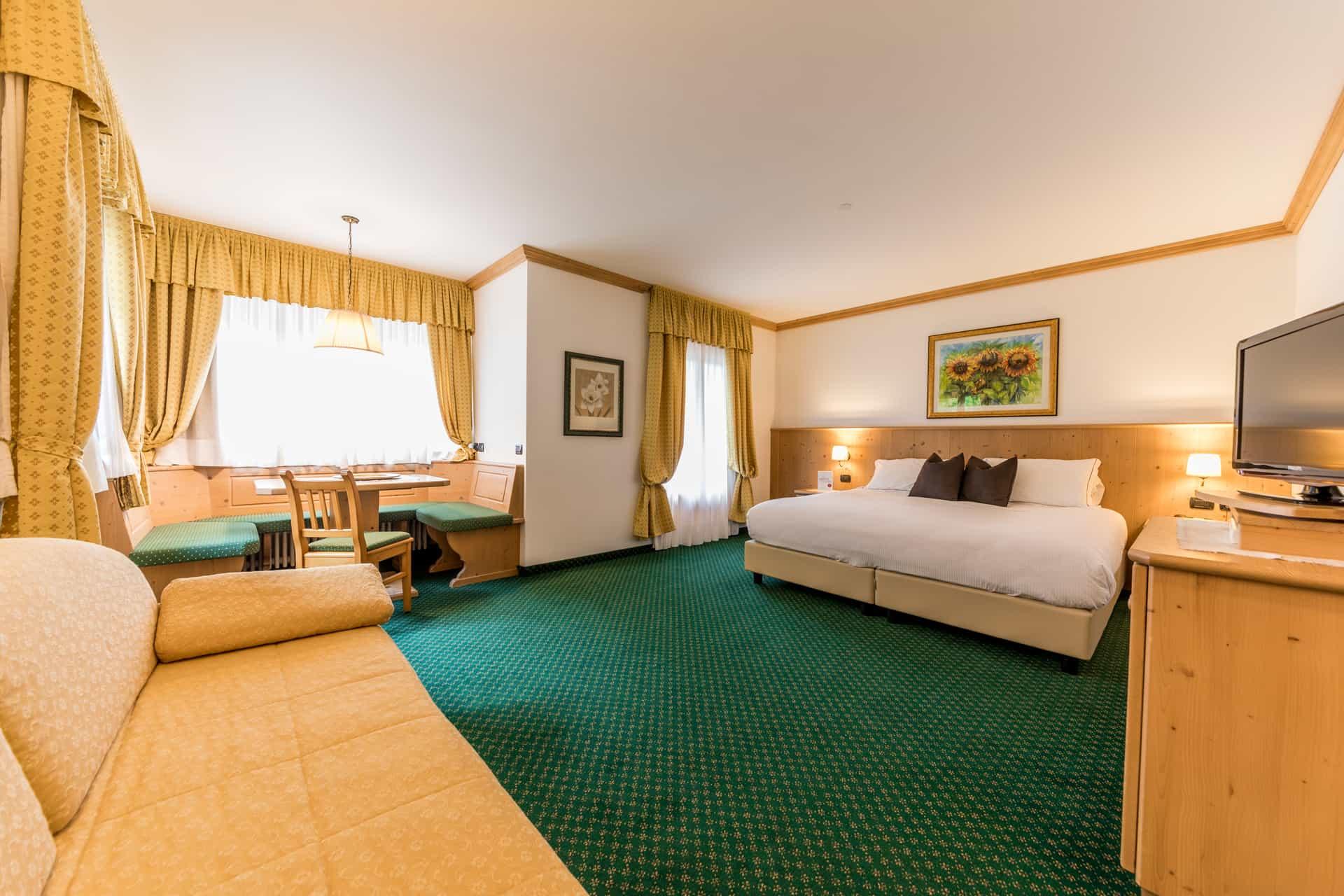 Vacanze ad alleghe hotel e camping alleghe resort for Primo hotel in cabina