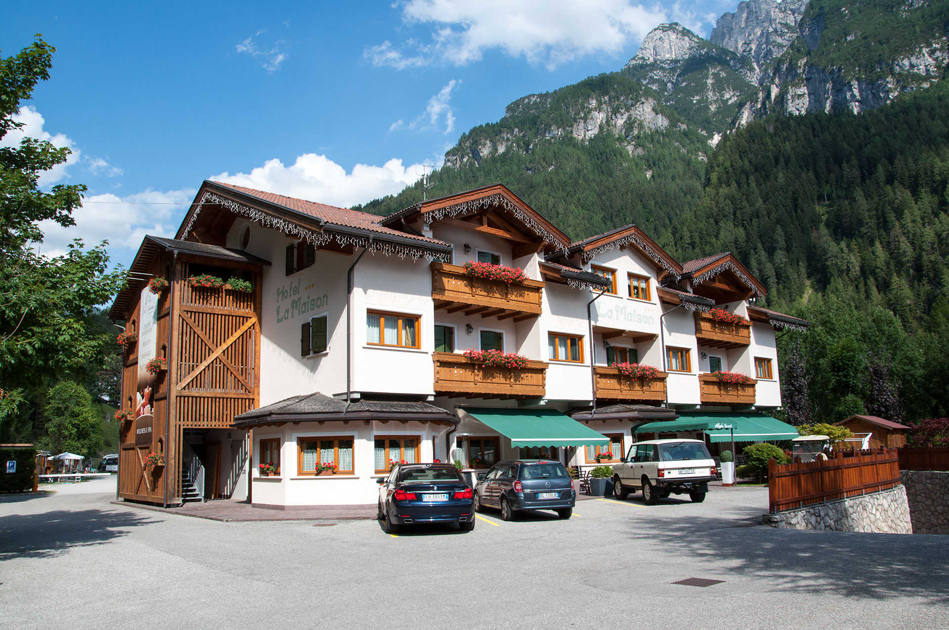 Hotel in Alleghe 3* Superior | Hotel La Maison mit Spa